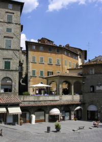 Cortona apartments for rent
