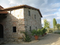 rent a vacation home in tuscany